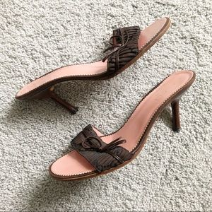 GUCCI top strap low heel mules 8B